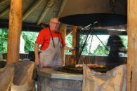Lothar - Chef am Grill.